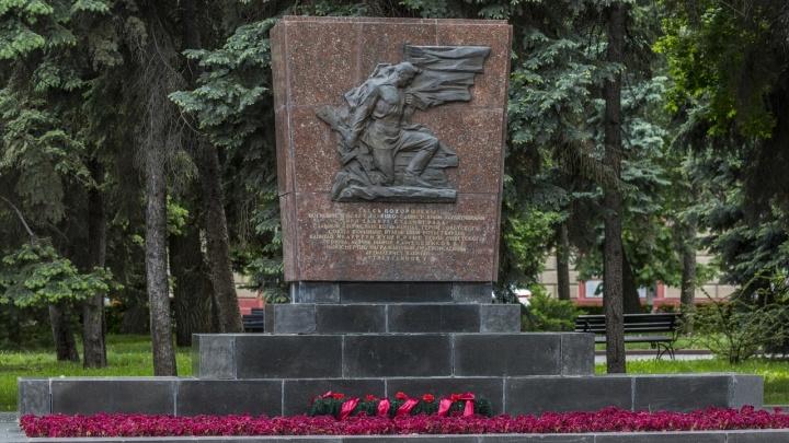 В Волгограде разрушается могила Героя Советского Союза Рубена Ибаррури
