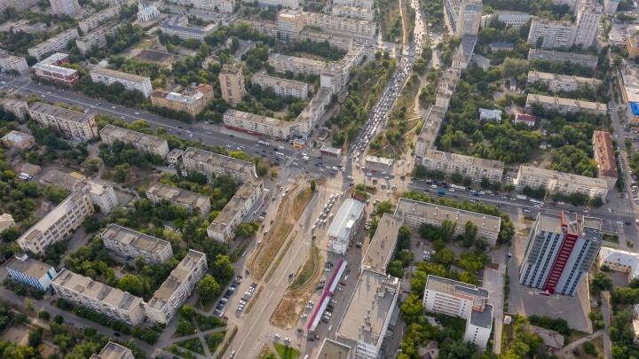 «Люди не видят другого выхода»: жителям захваченных рейдерами многоэтажек Волгограда запретили митинговать
