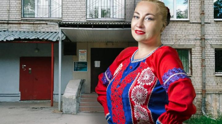 «Боюсь, что умру». Нижегородская артистка после прививки испытала сильный приступ аллергии