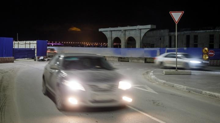 В Волгограде надвижка пешеходного моста на Набережной перекроет Нулевую Продольную