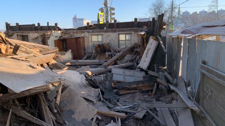 В центре Перми сносят дома, построенные еще до революции, — землю изъяли для нужд города