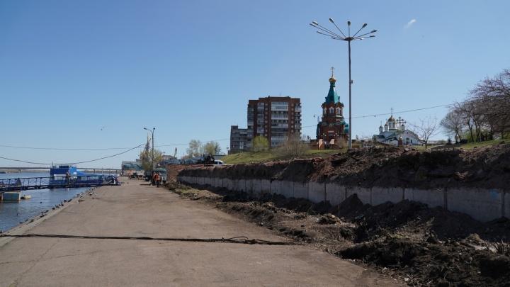 За ТЦ «Красноярье» начали благоустраивать набережную за 69,5 млн рублей