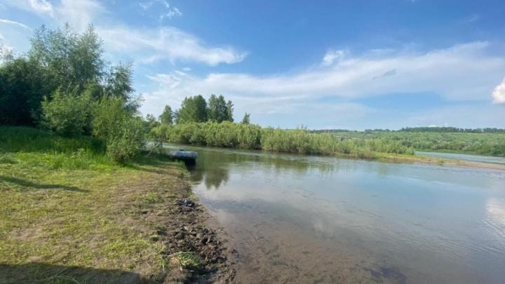 Стали известны подробности гибели 10-летней девочки на воде. Тетя с детьми пыталась перейти реку вброд