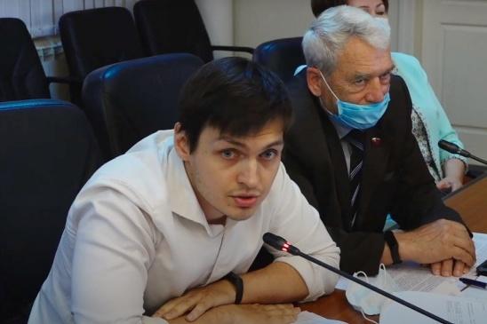 Игорь Азаров выступил с такой инициативой