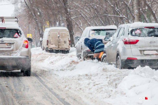 В Самаре этой зимой дороги убирали несвоевременно