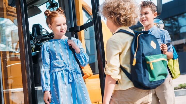 Без беготни по врачам и магазинам: как собрать ребенка в школу всего за 7 шагов