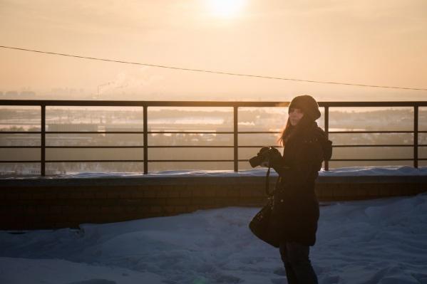 Елена Латыпова с нами и летом, и зимой. Правда, сама она в кадр попадает редко