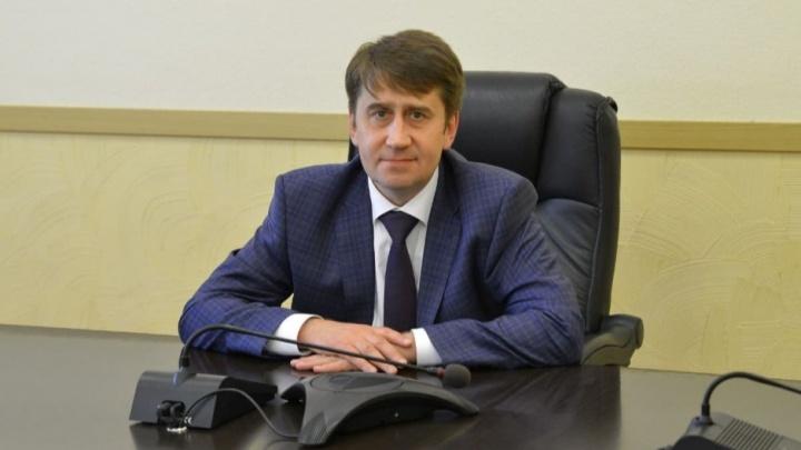 «Тепловая компания» передумала покупать смартфон за 100 тысяч рублей