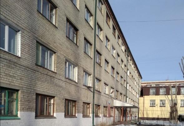 В Тюмени помощник прокурора назаседании суда дала совет, как быстрее выселить людей изобщежития