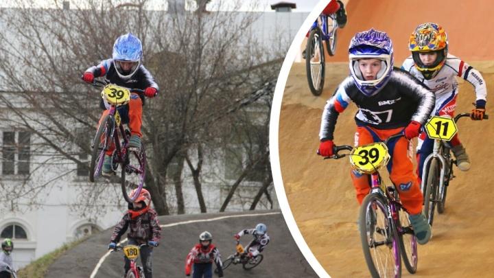 «Мы там, где спорта нет». История восьмилетнего уральского чемпиона в гонках на BMX