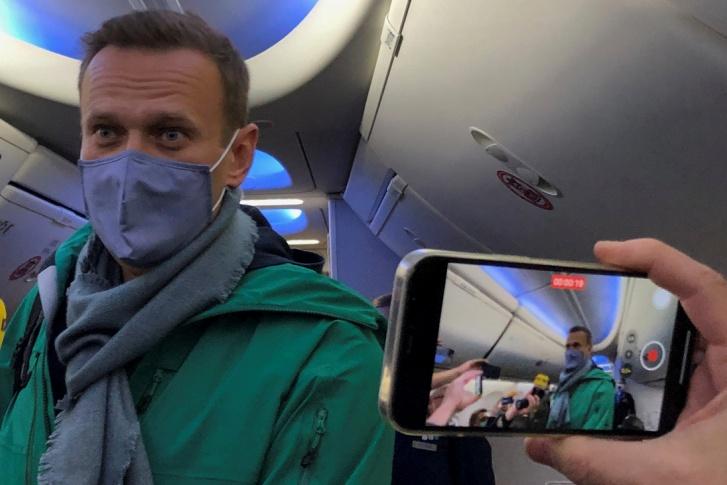 Алексей Навальный прилетел в Россию 17 января 2021 года после лечения в Германии