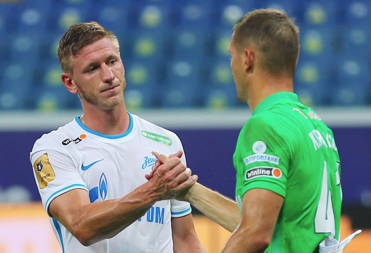 Дмитрий Чистяков (слева)<br /><br />автор фото Эрик Романенко / ТАСС