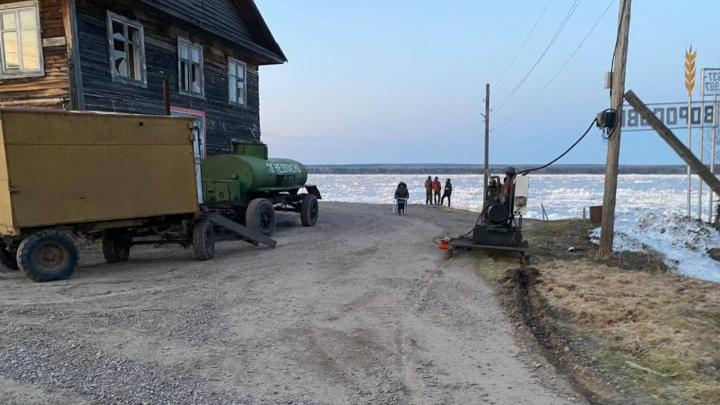 Жителей села в Туруханском районе эвакуируют из-за выхода Енисея из берегов