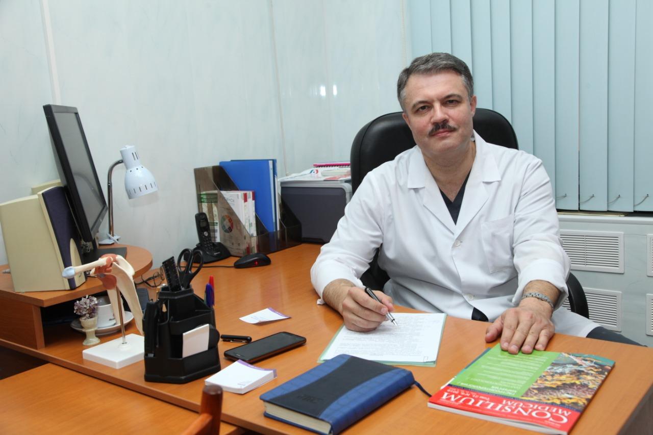 Профессор, доктор медицинских наук, травматолог-ортопед Дмитрий Маланин