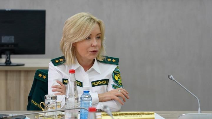 Глава Росприроднадзора Светлана Радионова пообещала решить будущее Сибайского карьера за месяц