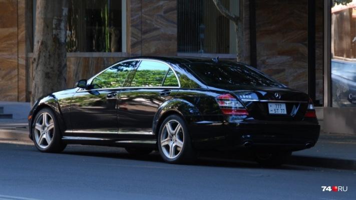 Из Армении в Россию везли много элитных машин