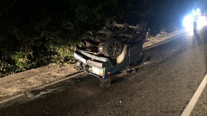 На Кубани пьяный водитель устроил ДТП, в котором машина перевернулась