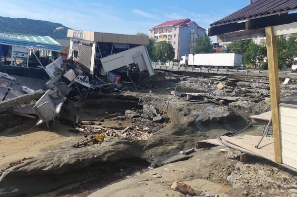 Самые большие разрушения наводнение вызвало в Туапсинском районе