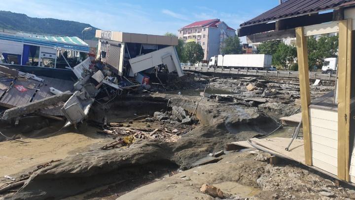 Потоп на Кубани: как и 9 лет назад, опять гибли люди и не могли дождаться помощи. Урок Крымска прошел даром?