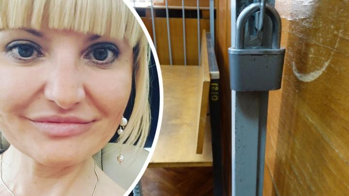 На Урале адвокат «кинула» клиента на миллион рублей и сбежала: ее объявили в федеральный розыск