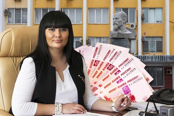 По версии следствия, Юлия Добрынина обещала спасти от сноса ООО «Сосновый бор»