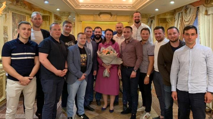 Представители закрытого бизнес-клуба Momentum обратились к мэру Омска
