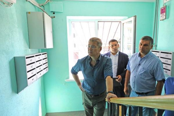 Глава Башкирии потребовал увольнения ответственных за ремонт в подъездах