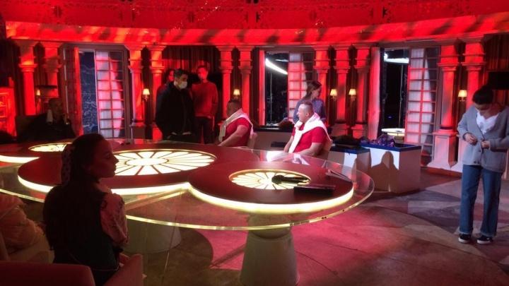 Омских братьев-миллионеров впечатлили блины участниц шоу «Давай поженимся»
