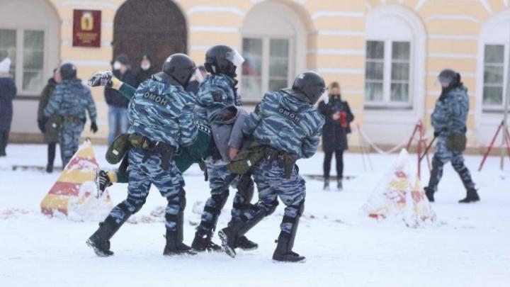 Начальник полиции рассказал, почему на январских митингах массово задерживали людей