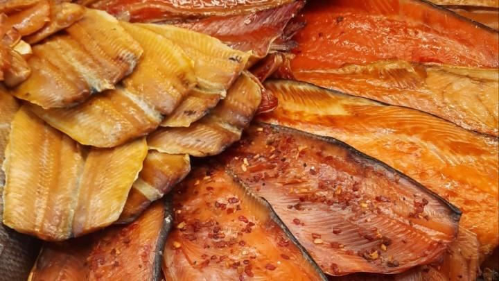 Праздник на вашем столе: в Тюмени объявили акцию на рыбу — деликатесный продукт теперь стоит недорого