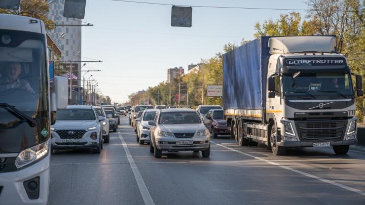 На пяти центральных улицах Ростова ограничат движение