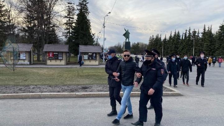 «Мы видели гуляющих людей»: в мэрии Уфы прокомментировали прошедший в поддержку Навального митинг
