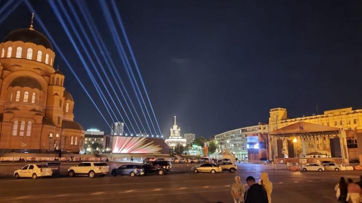 Это пока только репетиция: в Волгограде на стенах храма Александра Невского покажут лазерное шоу