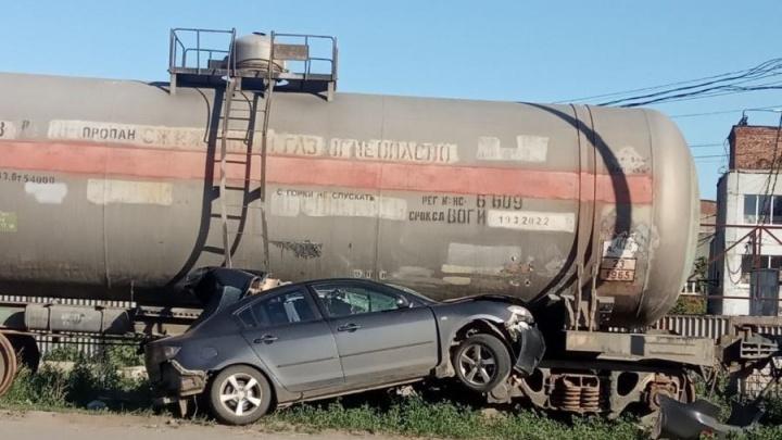 «Зрелище не для всех»: появилось видео ДТП с цистернами на Заводском шоссе
