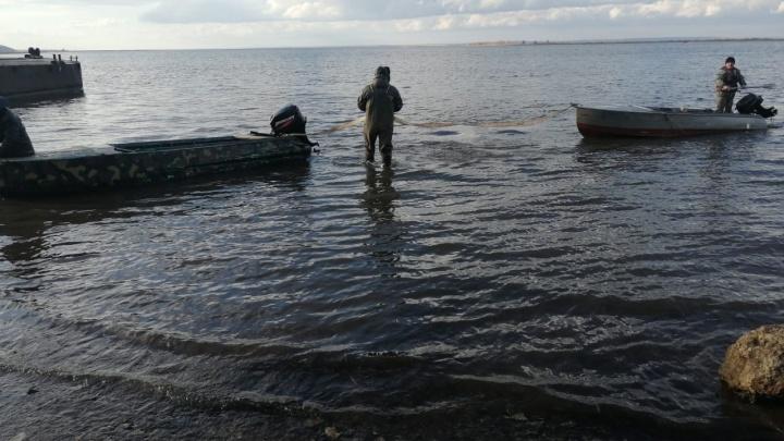 В Татарстане пропали три рыбака. Тело одного из них нашли в камышах