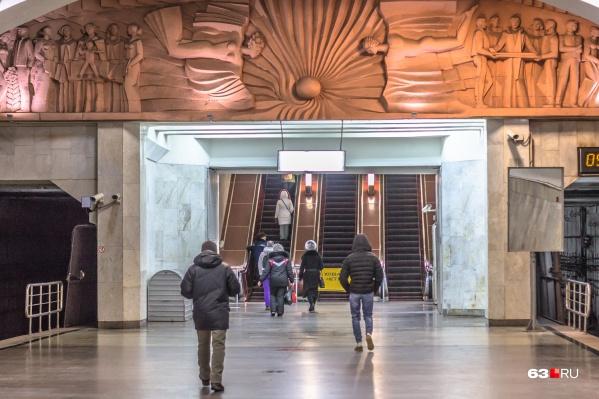 Попасть из метро на ж/д платформу можно будет по подземному переходу