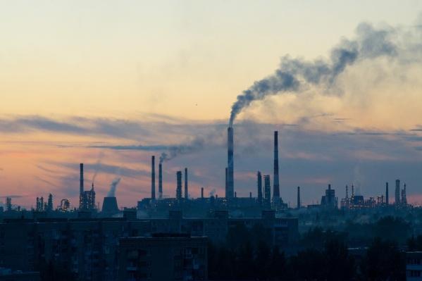 Последние годы омичи часто жалуются на промышленные выбросы