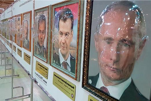 В Борисоглебском районе пока нет детей, кому бы пригодилось знакомиться с известными личностями наощупь