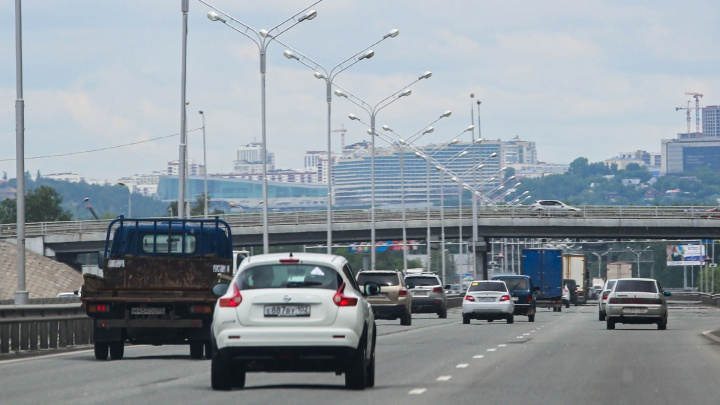 В Башкирии из-за жары ввели ограничение для транспорта