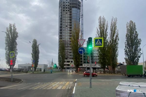 Теперь повернуть на Казанский съезд можно, не объезжая половину площади Сенной