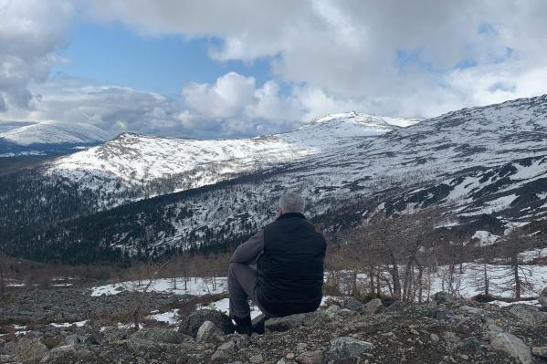 Дух захватывает от этого фото... Любите горы?
