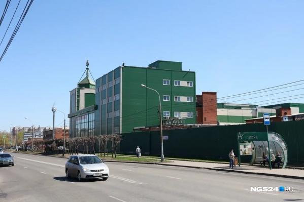 Сейчас на бывшем заводе площади сдаются в аренду