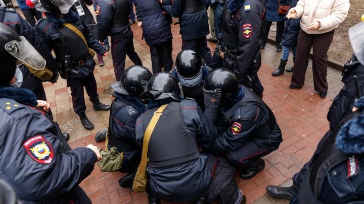 Второй раунд. Чем обернулась акция протеста в Ростове— фоторепортаж 161.RU