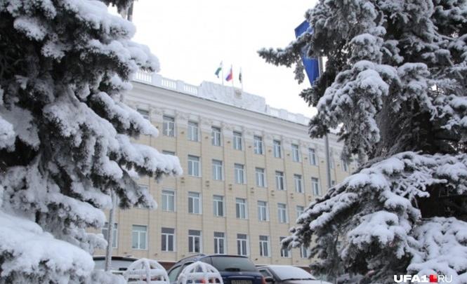 В Уфе чиновники изменили для себя график работы из-за масштабной реконструкции развязки на Юлаева и Валиди