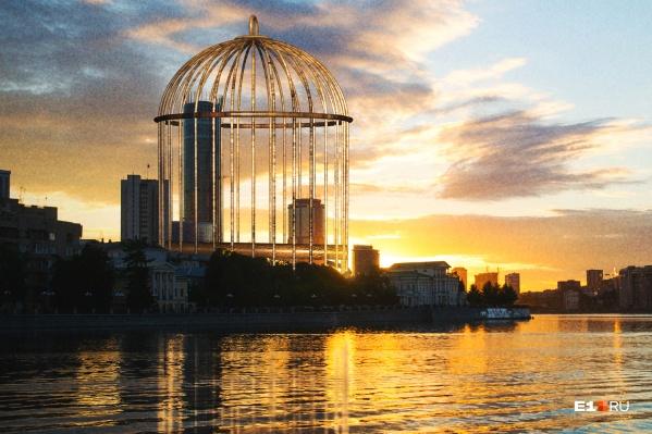 Мы выяснили, сколько квартир пустует в элитных домах в центре Екатеринбурга