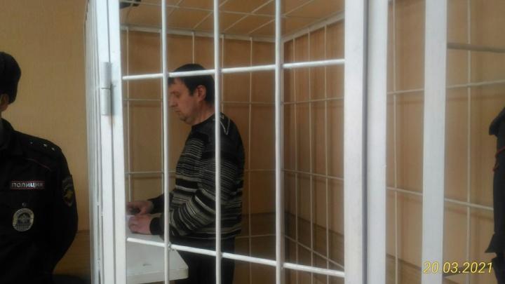 «Началась негласная война»: что говорит замначальника новосибирской ИК, который пошел под суд после смерти заключенного