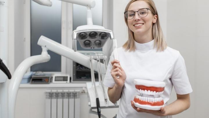 Время улыбаться: где в Архангельске сделать отбеливание зубов со скидкой 20%