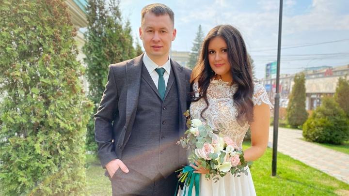 «Я офтальмолог, он пришел на прием»: 5 красивых пар, которые поженились в мае, — о судьбоносной встрече и тратах на торжество