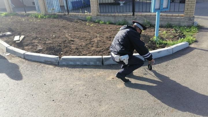 В Свердловской области из-за пьяного мотоциклиста его 17-летняя пассажирка сломала позвоночник