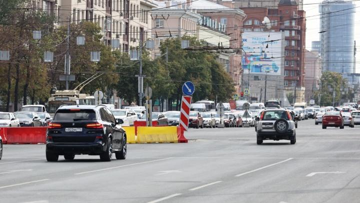 В центре Челябинска стартует третий этап ремонта трамвайного переезда. Посмотрите схему перекрытий